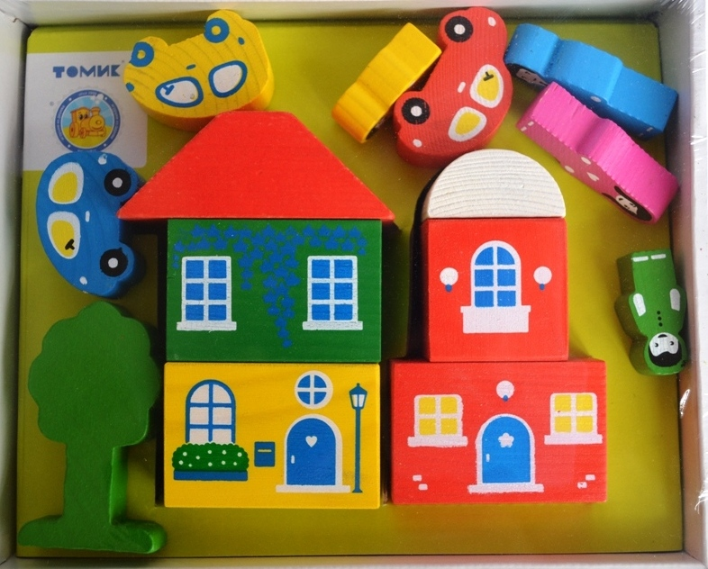 Деревянный конструктор цветной городок